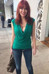 Maitland Ward - Shopping in Los Angeles, November 2015