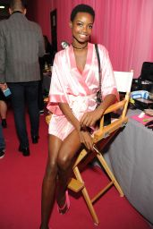 Maria Borges – 2015 Victoria's Secret Fashion Show in New York City, Dressing Room
