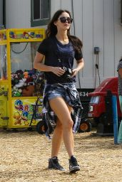 Megan Fox - Set of New Girl in Los Angeles, November 2015