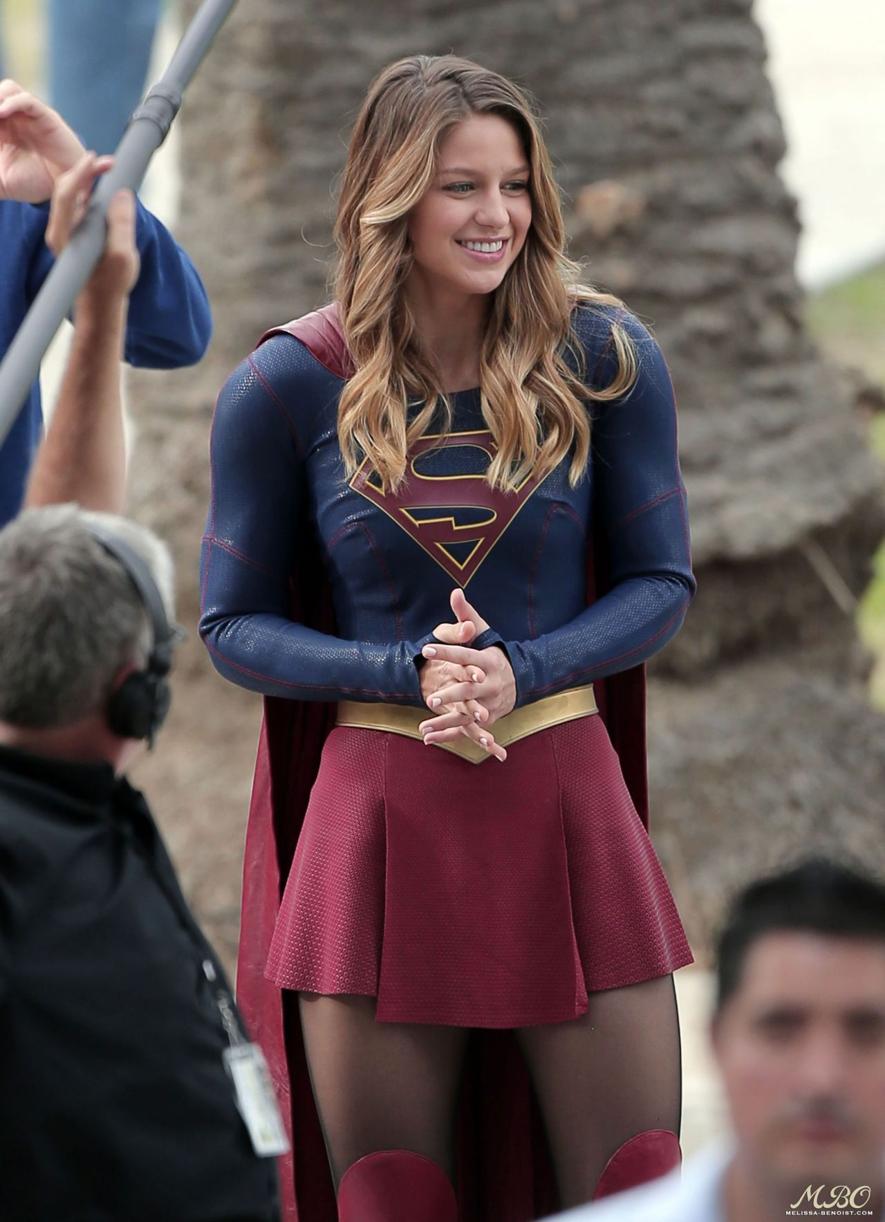 Supergirl upskirt in the comic con