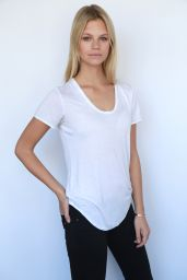 Nadine Leopold - IMG Models Digitals 2015