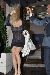 Pamela Anderson - Leaves The Merrion Hotel Dublin, November 2015