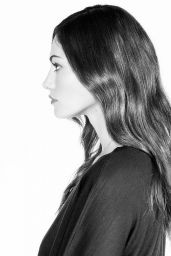 Phoebe Tonkin - MTV News October 2015