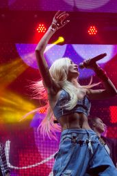 Pia Mia Perez Performs at MTV Beats and Eats Concert in Sydney, 11/21/2015