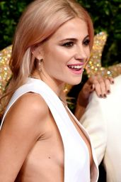 Pixie Lott – British Fashion Awards 2015 at London Coliseum