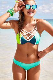 Rachel Hilbert Bikini Pics - Victoria