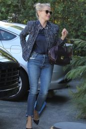 Reese Witherspoon - Arriving at a Studio in Santa Monica, November 2015