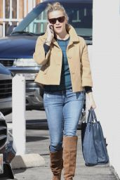 Reese Witherspoon in Jeans - Out in Brentwood, November 2015
