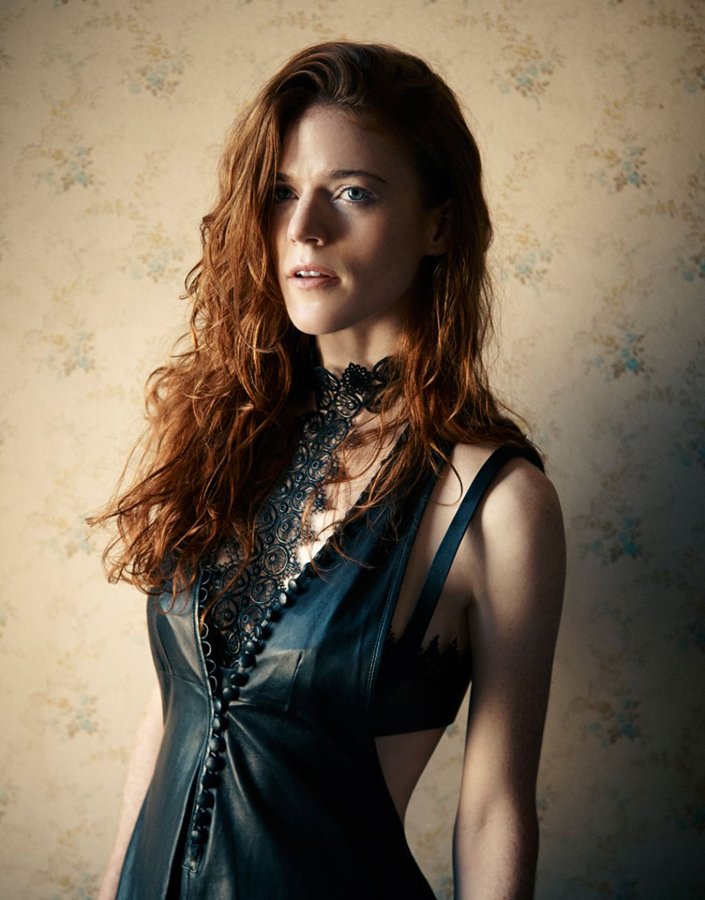 Rose Leslie Interview Magazine October 2015 Pics