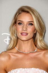 Rosie Huntington-Whiteley – 2015 Baby2Baby Gala at 3LABS in Culver City