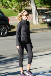 Rosie Huntington-Whiteley - Going to a Gym in Los Angeles, November 2015