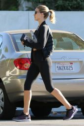 Rosie Huntington-Whiteley - Leaving a Gym in Los Angeles, November 2015