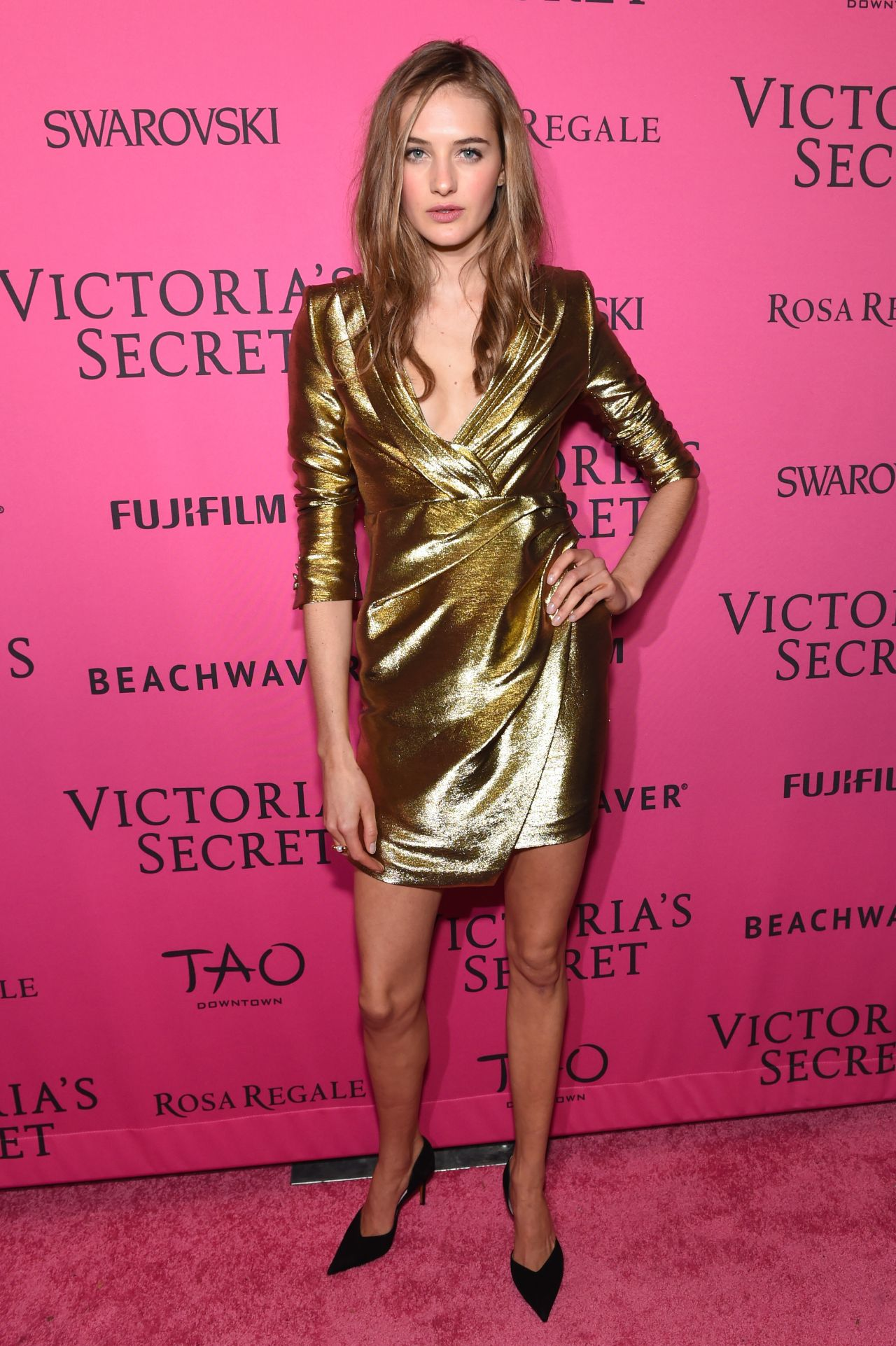 Sanne Vloet Victoria S Secret Fashion Show 2015 After