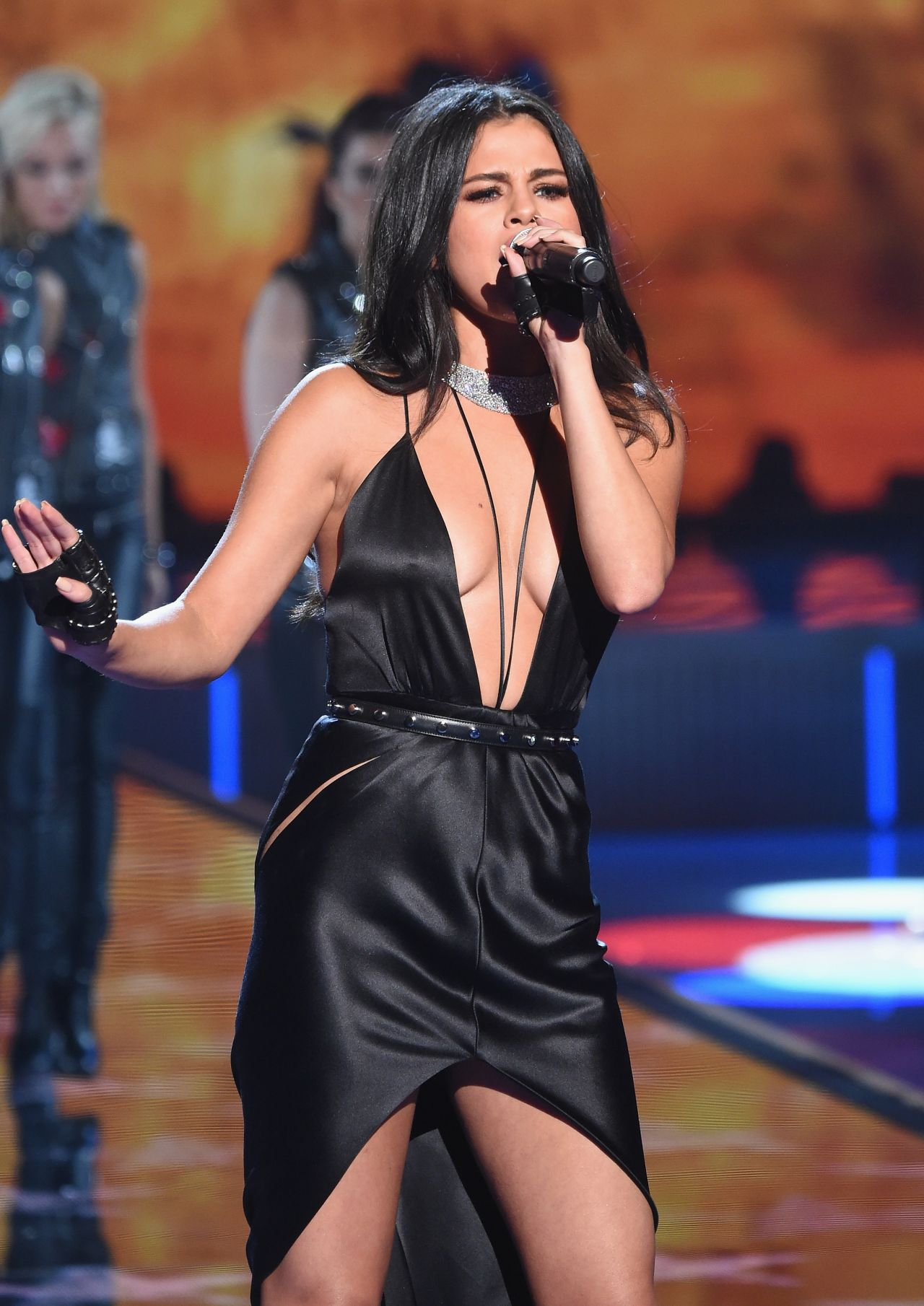 2015 S Most Popular Halloween Costumes By State Map: Performs At Victoria's Secret Fashion Show