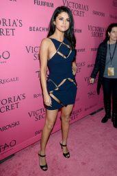 Selena Gomez - Victoria