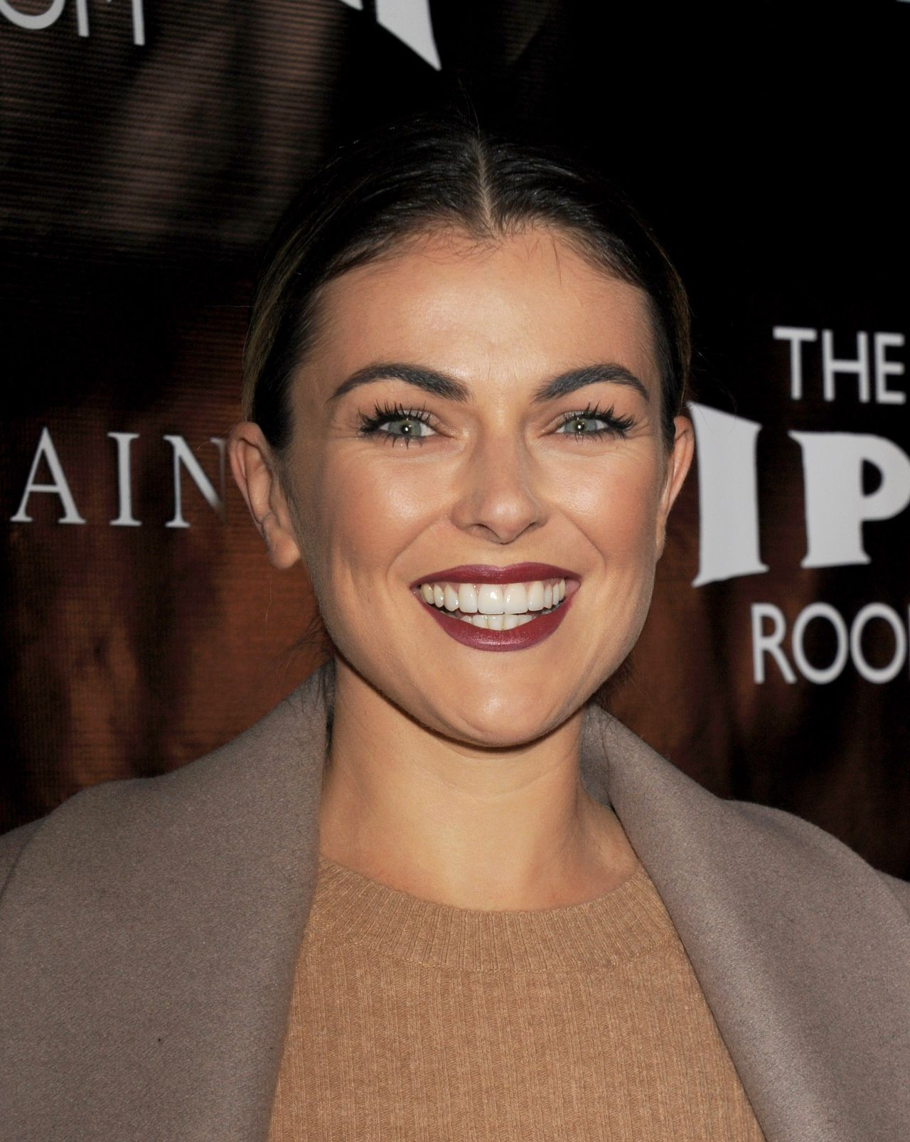 Serinda Swan – Viper Room Re-Launch Party in West Hollywood 11/17/ - serinda-swan-viper-room-re-launch-party-in-west-hollywood-11-17-2015_5
