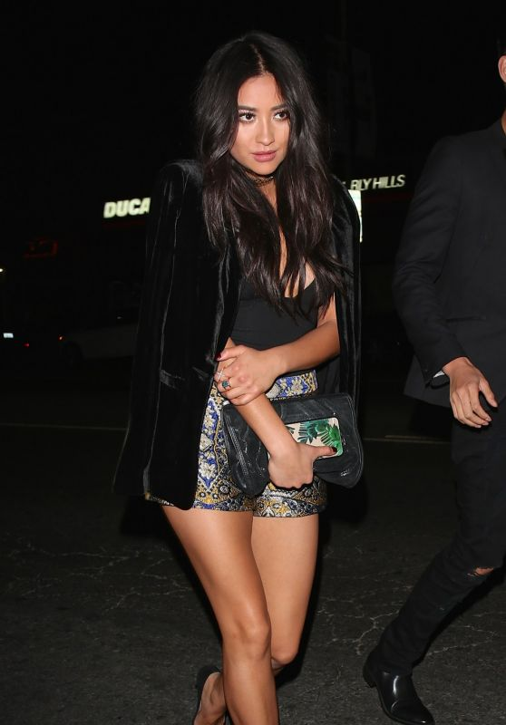 Shay Mitchell Style - Leaving Craig