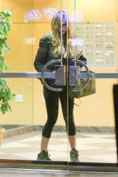 Sofia Vergara - Spent Hours at Curvalicious Spa in Los Angeles, November 2015