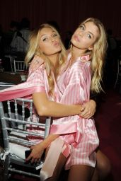 Stella Maxwell – 2015 Victoria's Secret Fashion Show in New York City, Dressing Room
