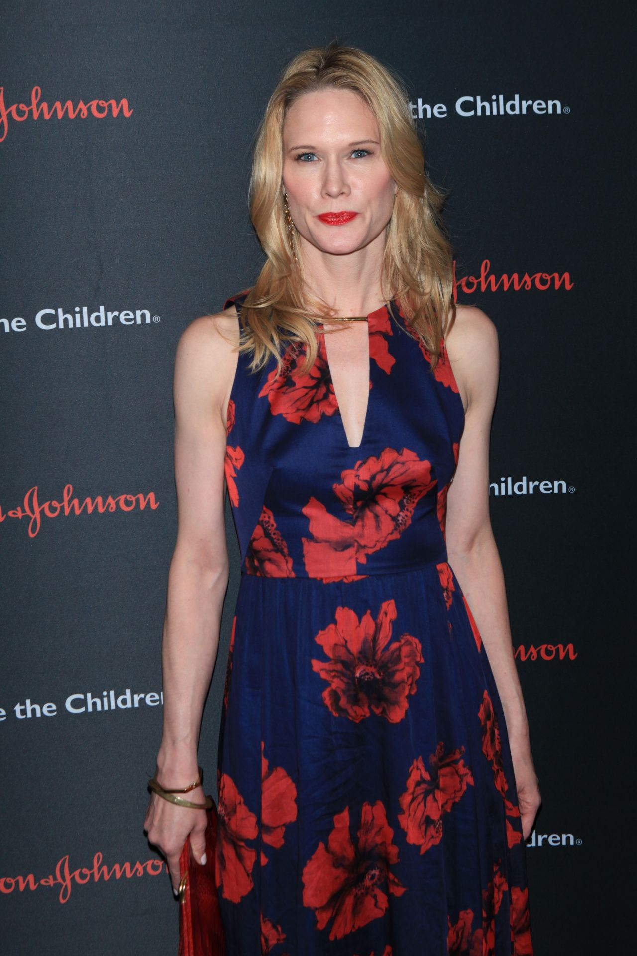 Stephanie March 2015 Save The Children Illumination Gala