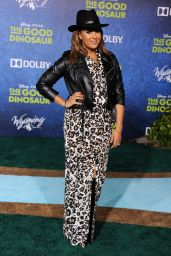 Tamera Mowry – The Good Dinosaur Premiere in Los Angeles Premiere at El Capitan Theatre