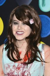 Taylor Spreitler – Just Jared Halloween Party in Los Angele, October 2015