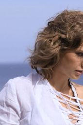 Taylor Swift - Beachside GQ Photoshoot 2015
