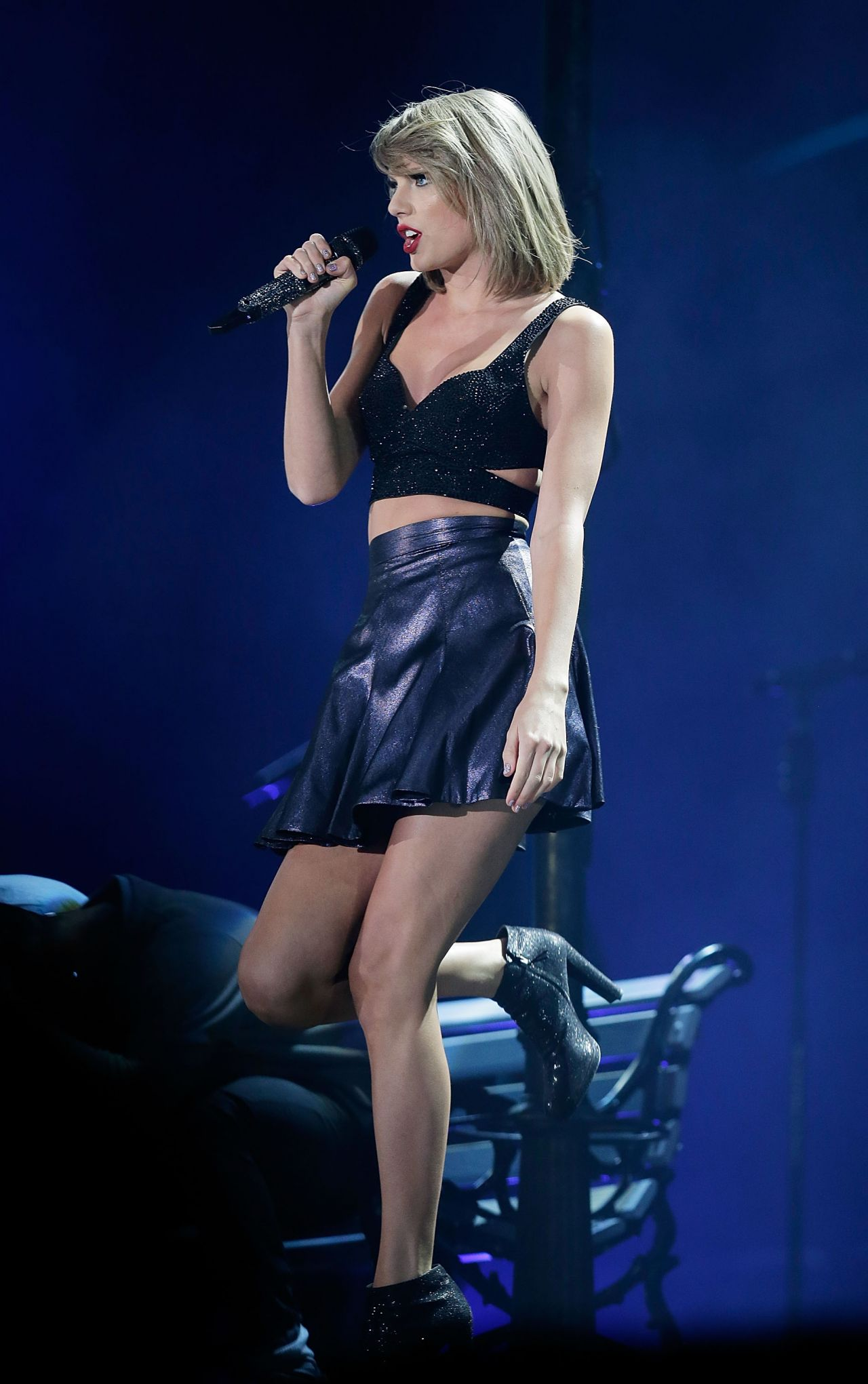 Taylor swift tour dates 1989