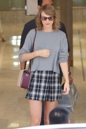 Taylor Swift - Shopping in Beverly Hills, October 2015