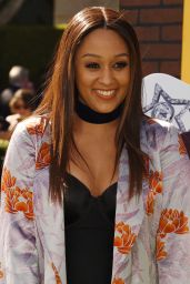 Tia Mowry – 'The Peanuts Movie' Premiere in Westwood, Novemver 2015