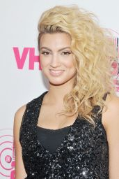 Tori Kelly – You Oughta Know Concert in New York City, November 2015