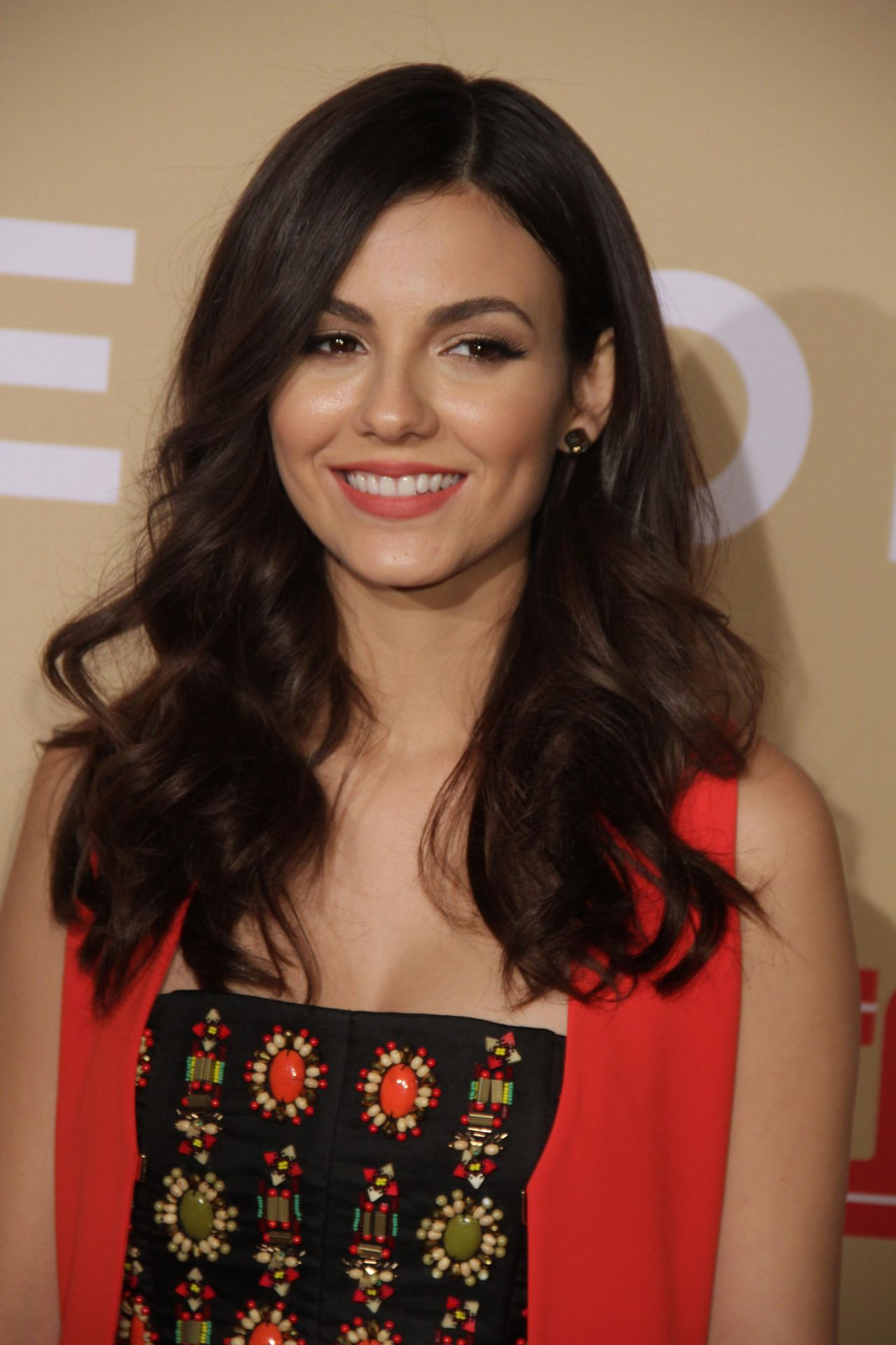 Victoria Justice CNN Heroes 2015 In NEw York City