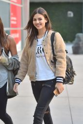 Victoria Justice in Ripped Jeans - Out in Hollywood, November 2015