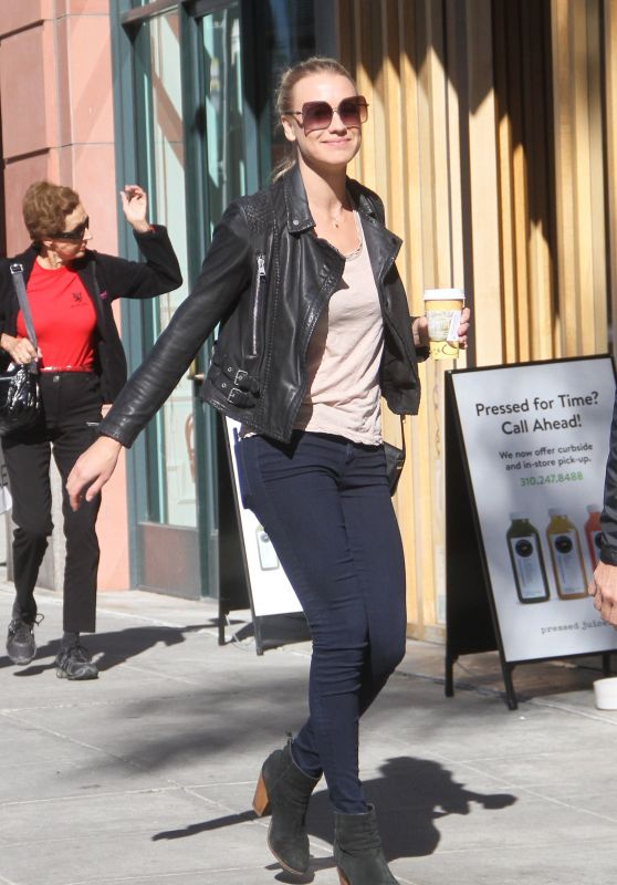 Yvonne Strahovski - Out in Beverly Hills, November 2015