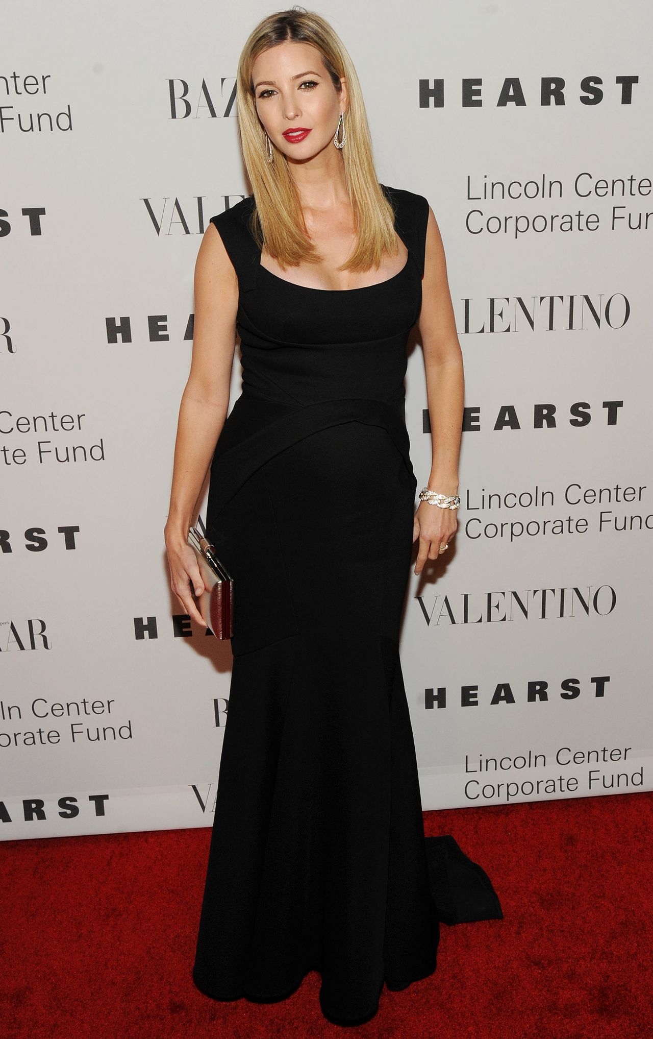 ivanka trump an evening honoring valentino gala in new york city 12 7 2015. Black Bedroom Furniture Sets. Home Design Ideas