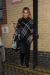 Katie Price - Leaves the New Victoria Theatre in Woking - London 12/23/2015