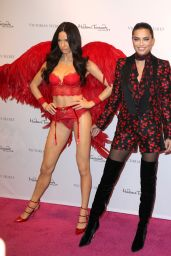 Adriana Lima - Unveils her Madame Tussauds Wax Figure in New York, November 2015