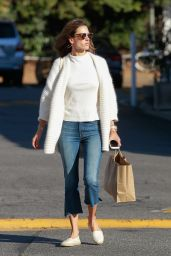 Alessandra Ambrosio Casual Style - Shopping in Brentwood, 12/2/2015