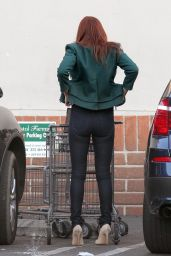 Ali Larter Booty in Tight Jeans - Grocery Shopping in West Hollywood, December 2015