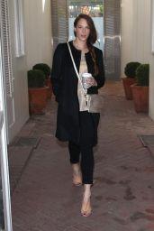 Amanda Righetti - Shopping in Beverly Hills 12/22/2015