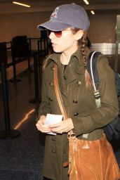 Anna Kendrick at LAX Airport, December 2015