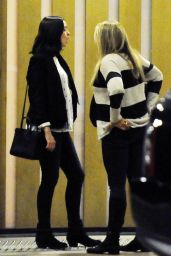 Anne Hathaway Shows Off Her Baby Bump - Out to Dinner with Adam Shulman in Century City, December 2015