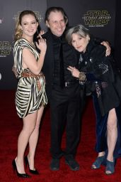 Billie Lourd – Star Wars: The Force Awakens Premiere in Hollywood