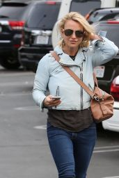 Britney Spears - Out in Los Angeles, 12/10/2015