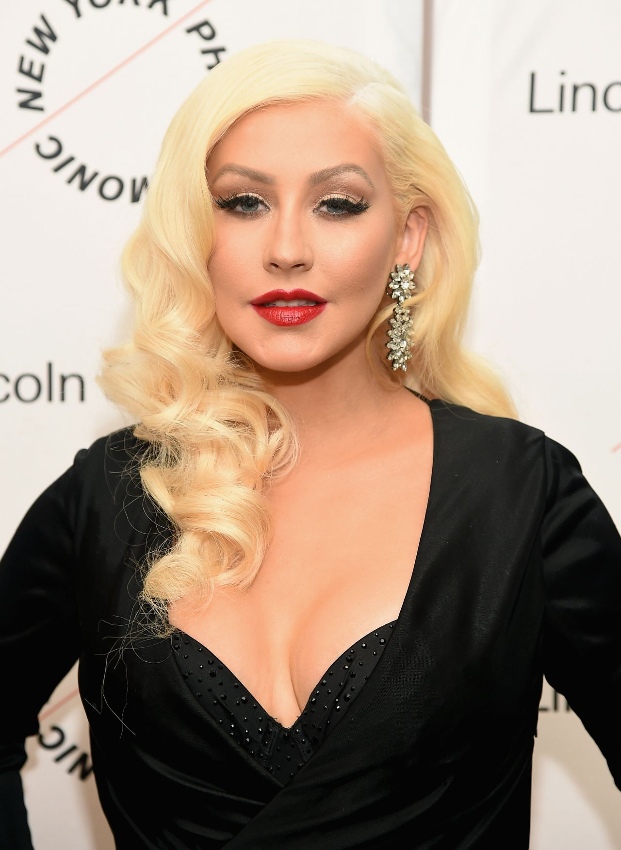 Christina Aguilera - Sinatra Voice for a Century Event in ... Christina Aguilera
