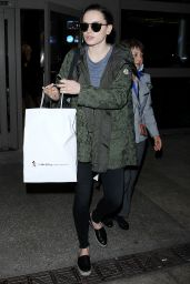 Daisy Ridley - LAX Airport, December 2015
