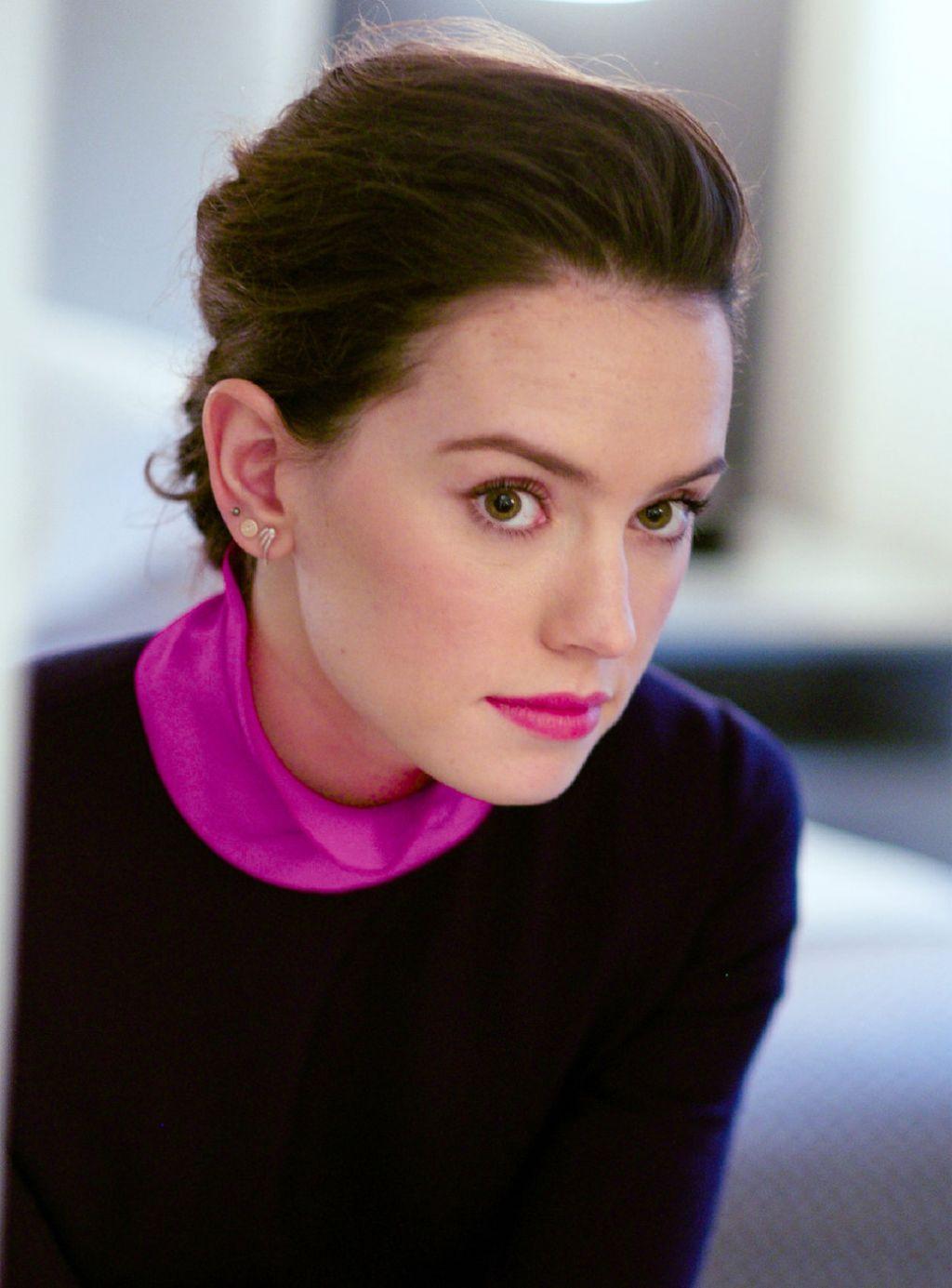 Daisy Ridley – Photo...