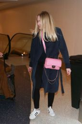 Dakota Fanning Airport Style - at LAX in Los Angeles 12/30/2015