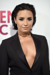 Demi Lovato – 2015 Billboard Women in Music Event in New York City