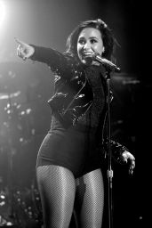 Demi Lovato Performs at WiLD 94.9